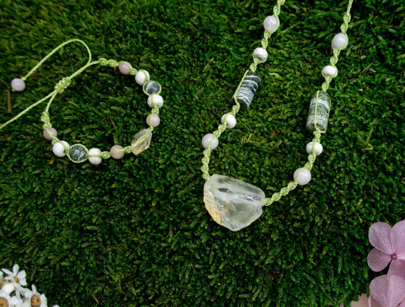 biżuteria z kamieniami naturalnymi, bransoletka i naszyjnik z cytrynem