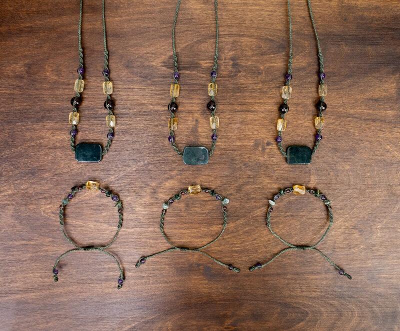 bizuteria amulety obfitosc