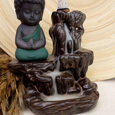 Kominek zapachowy płynący dym mały Buddha i wodospad
