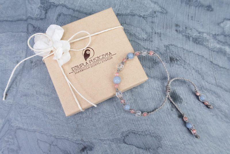 pastelowa-bransoletka-kamienie-naturalne-prezent