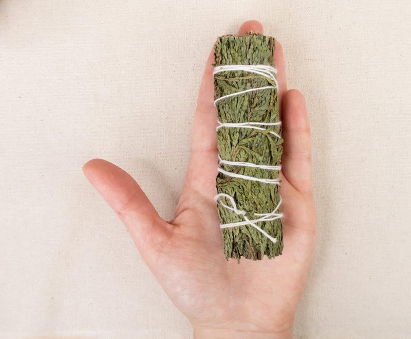 naturalne kadzidło cedr pęczek